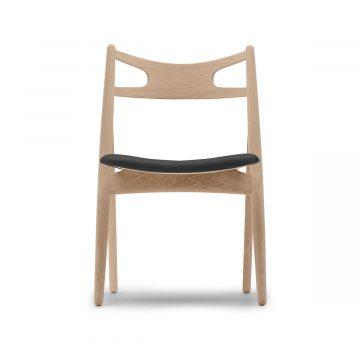 CH29P Sawbuck Chair