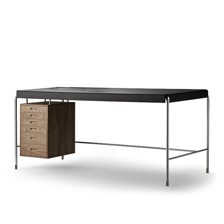 AJ52 Society table valnöt och svart läder carl hansen