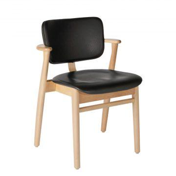 Artek Karmstol Domus Chair klarlackad björk helklädd